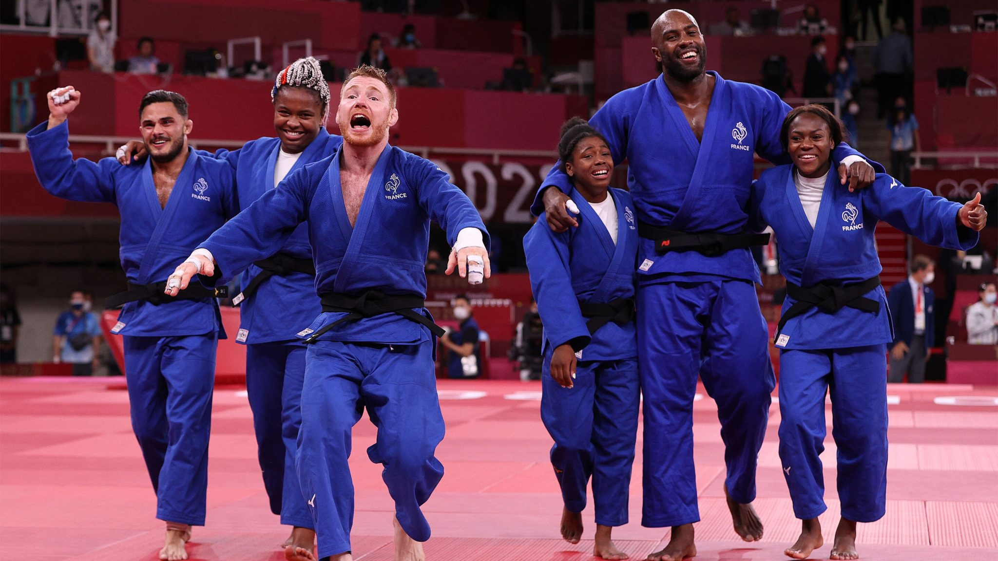 Mixed−gender events at the Olympic Games